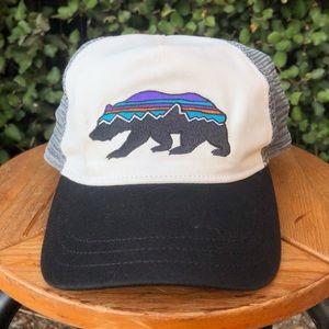 PATAGONIA Fitz Roy Bear Mesh Trucker Hat Big Logo